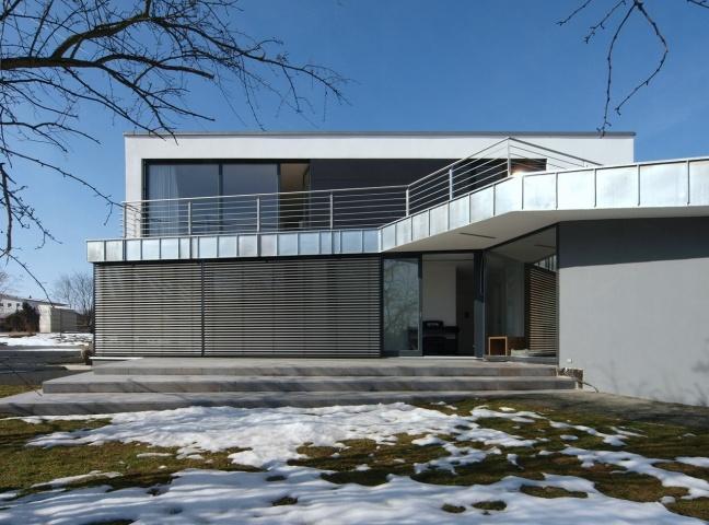 Haus kis erfurt architekturf hrer th ringen for Flachdachhaus mit garage