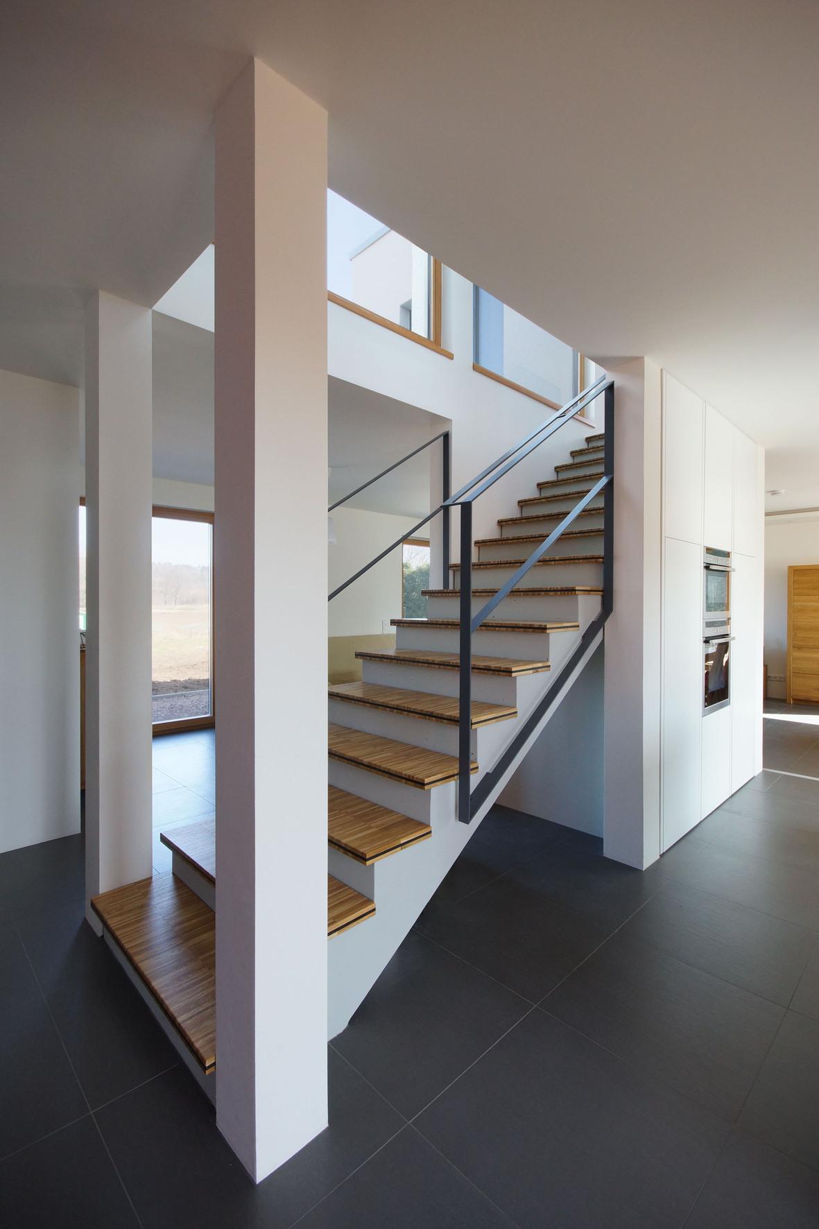 haus mit aussicht einfamilienhaus kfw 55 gotha architekturf hrer th ringen. Black Bedroom Furniture Sets. Home Design Ideas
